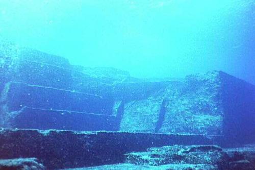 Сооружения на дне Бермудского треугольника