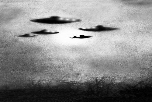 Старинная фотография НЛО