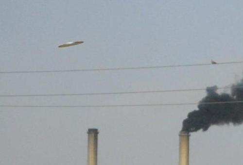 НЛО над заводом