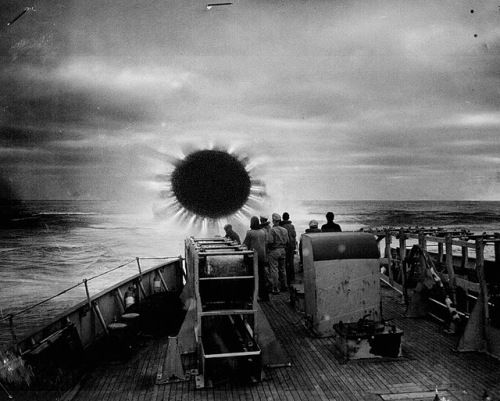 Телепортация эсминца США