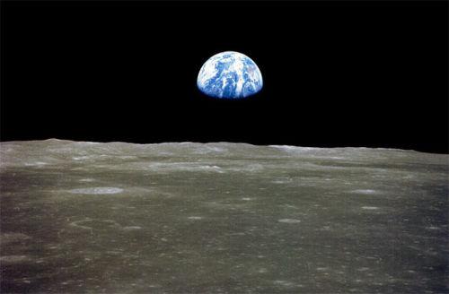 Сколько времени лететь до Луны
