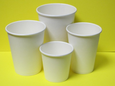 Бумажные стаканчики
