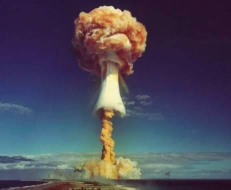 НЛО и ядерное оружие